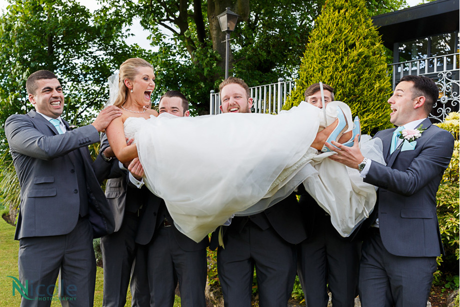 bride with grooms men